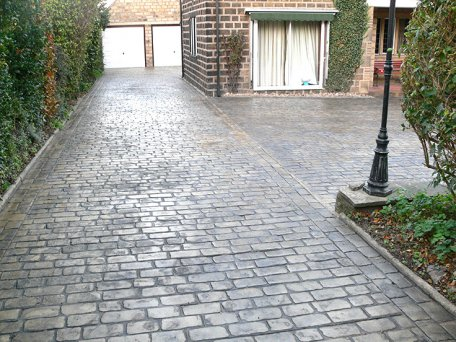 Pattern imprinted concrete patterns and colours uk for Pouring your own concrete driveway